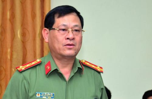 8-thang-ham-giam-doc-cong-an-nghe-an-1562405172.jpg