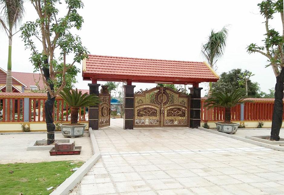 Khu-biet-phu-khong-phep-5000m2-cua-can-bo-cong-an-huyen-vinh-loc-6-1525324294-width939height647.jpg